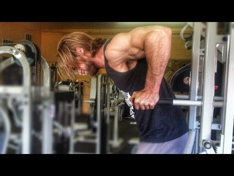 How To Do Dips - Chest & Triceps Exercise