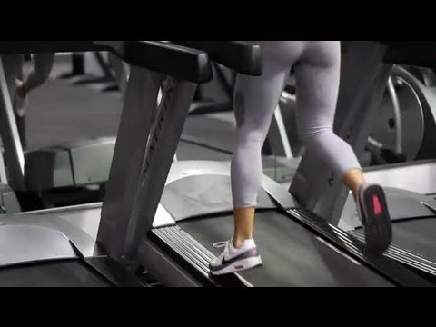 How to Tone the Thighs & Buttocks Through Jogging : Muscles Strengthening & Stretching
