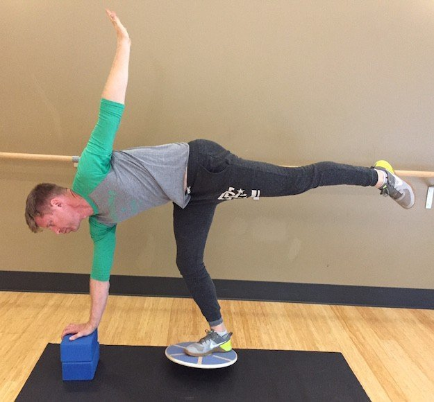 Balance Board Exercises For Surfing: 15 Great Balance Board Exercises You Should Absolutely Try